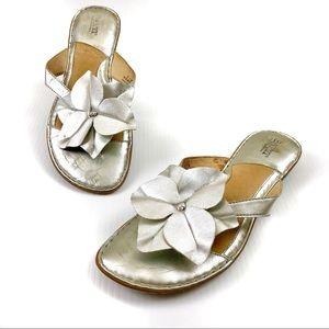 Born BOC Silver Flower Metallic Sandals Flip Flops